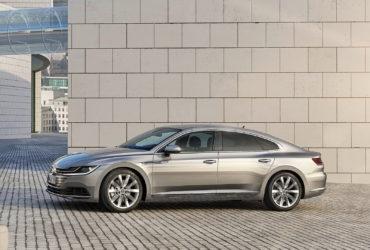 Volkswagen Arteon ar putea primi un motor cu şase cilindri