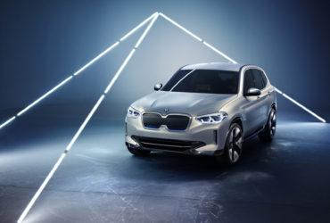 BMW iX3 Concept marchează începutul unei noi generaţii de mașini electrice