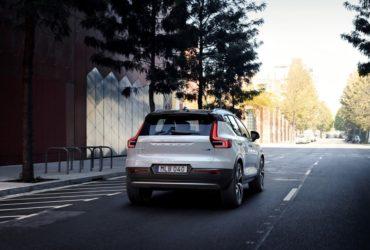Automobilele Volvo primesc o actualizare de software din partea Polestar
