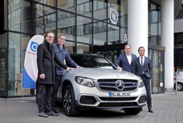Mercedes-Benz a livrat primele exemplare ale vehiculului GLC F-Cell