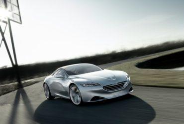Peugeot ar putea lansa un vehicul sportiv cu propulsie electrificată