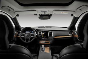 Volvo va instala camere video pentru monitorizarea permanentă a șoferilor